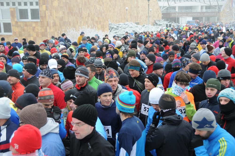 2010-12-31 Beh cez Bratislavské Mosty