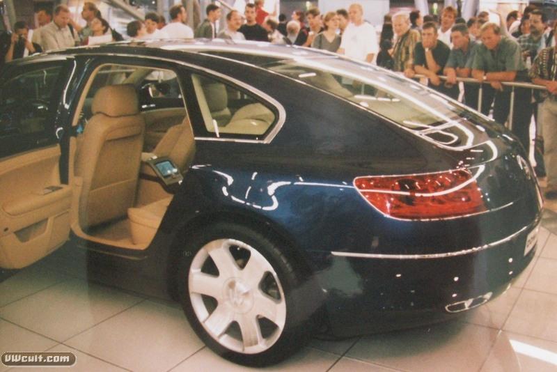 Volkswagen Concept D (1999)