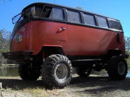 Volkswagen Bus offroad mutant