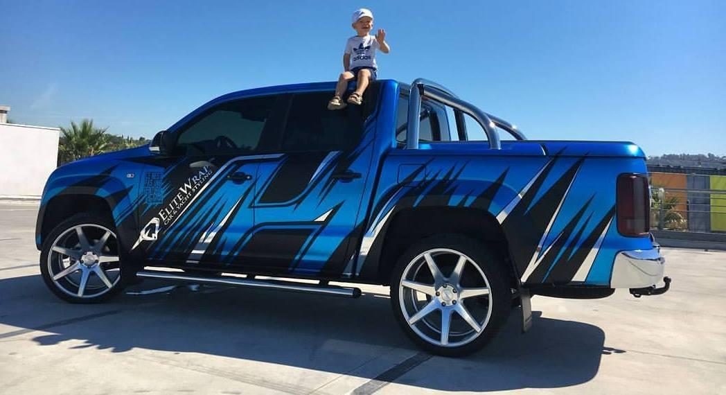 Volkswagen Amarok blue-wrap