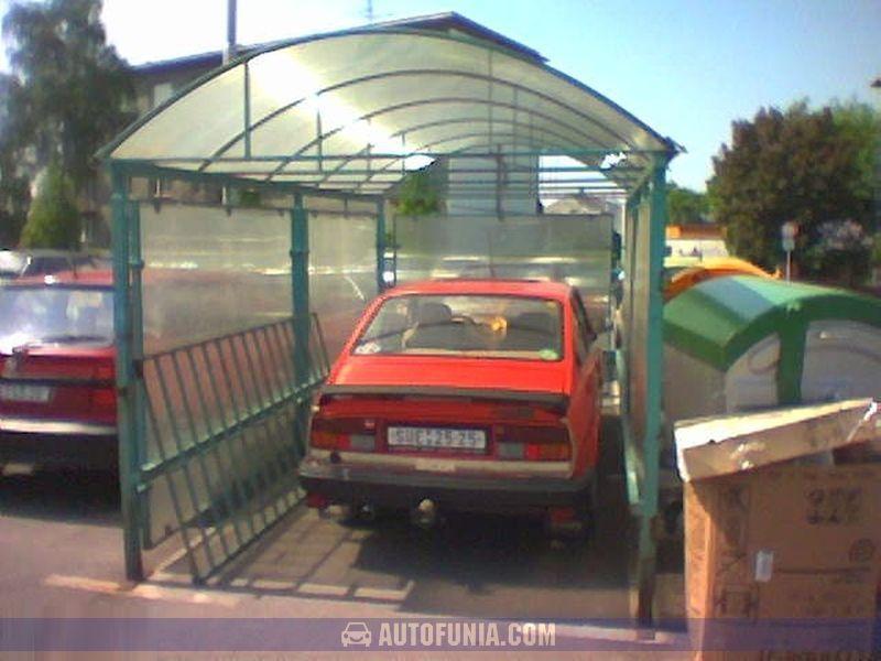 hypermarket garage