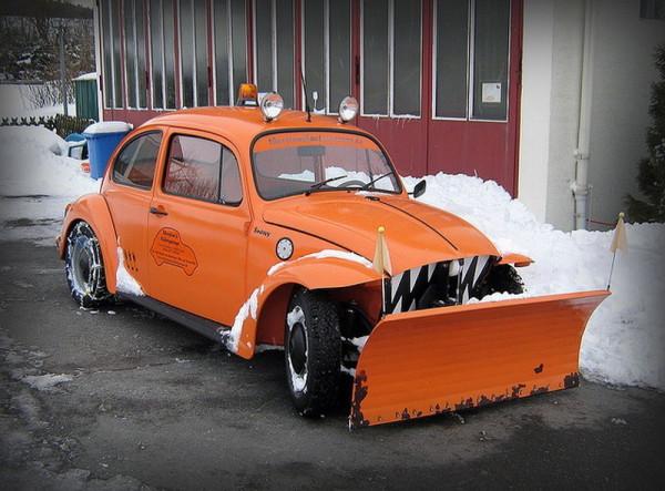 VW Beetle snow