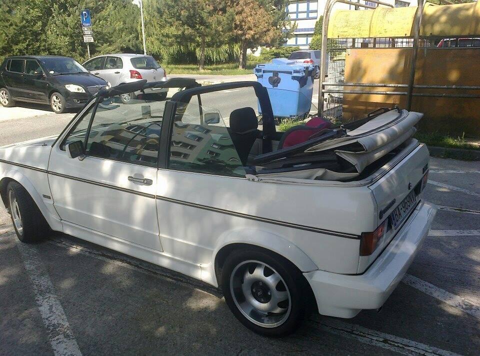 Volkswagen Golf MK1 cabrio (white 969)