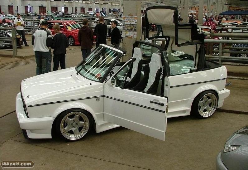 Volkswagen Golf cabrio (white)