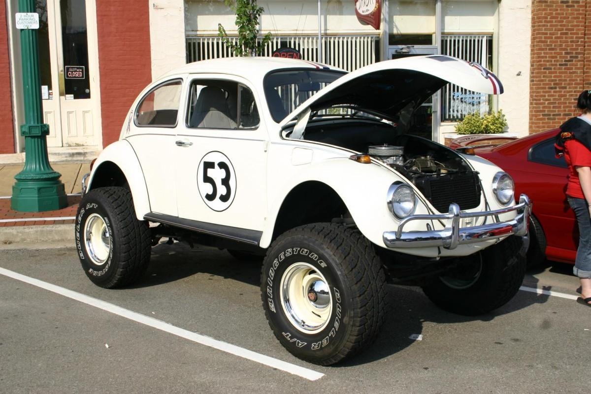 volkswagen beetle (monster 53)