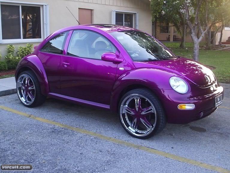 Volkswagen NewBeetle violett